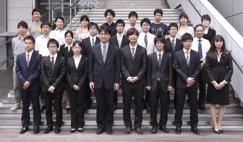 中野研集合写真2012.JPG