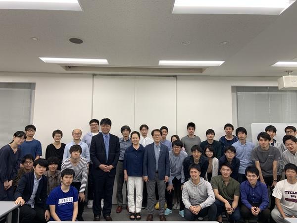 20190522_Kim先生講演_集合写真.jpeg
